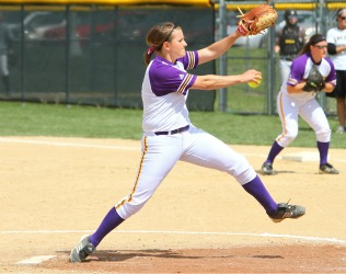 Kendra Huettl- Minn State - action -2011-12 AAA of Yr (D2 Softball)